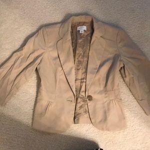 Cute lightweight khaki blazer